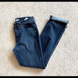 < Levi 505 Jeans >